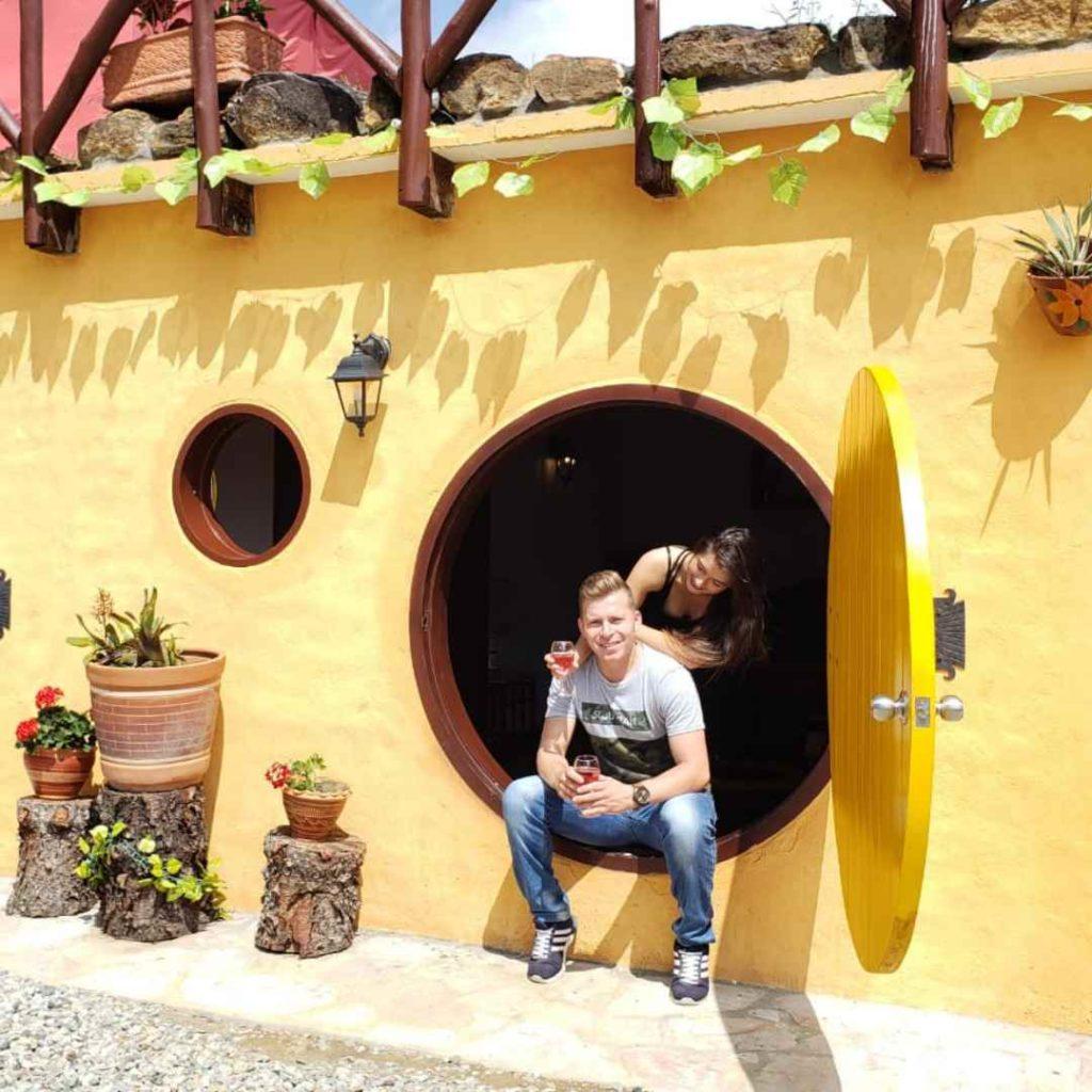 cabaña cueva hobbit mesa de los santos