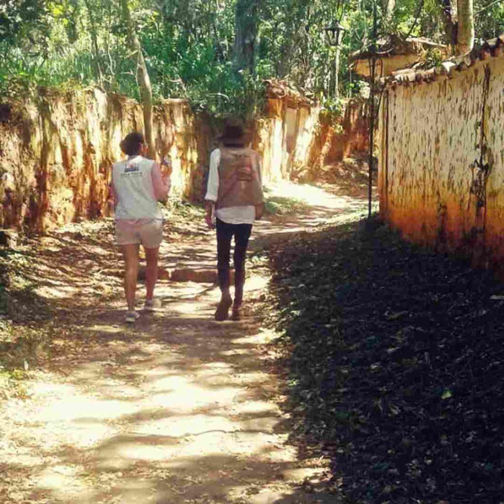 Tour Barichara caminata planes