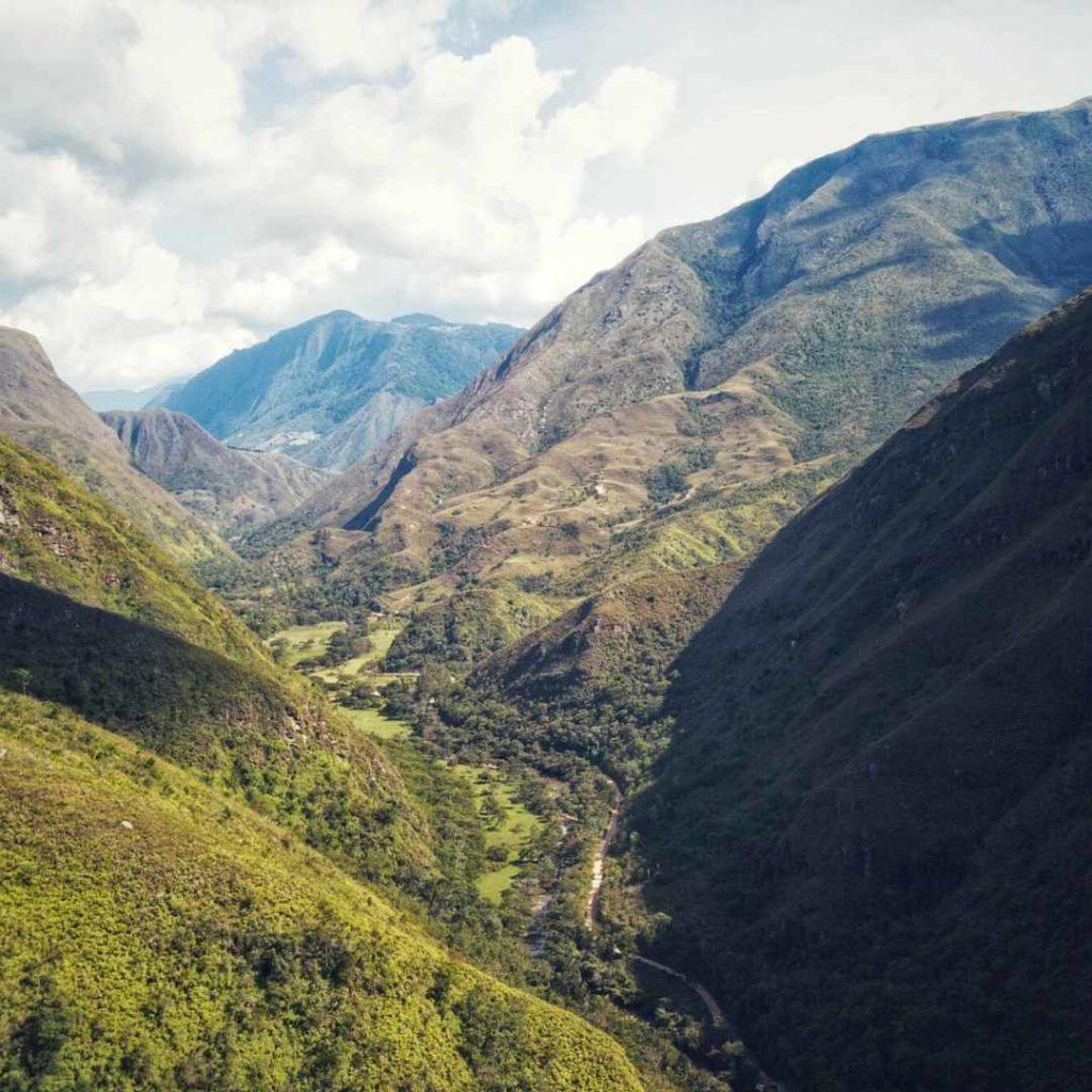 Cañon de la hondura Gámbita Santander vista paisaje trekking caminata